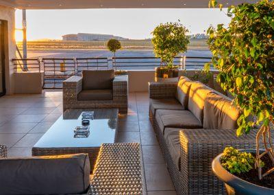 Advantage-Lounge-Patio